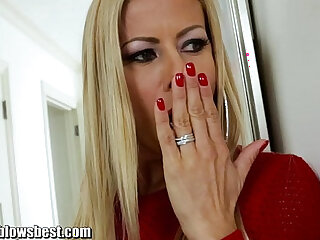 MommyBlowsBest Caught Sniffing Panties