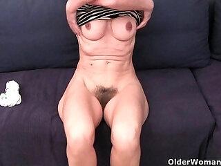 Grandma Emanuelles pussy looks so inviting