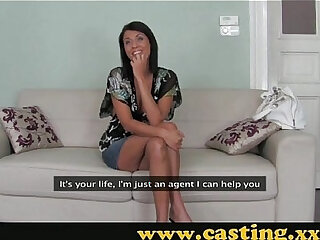 Casting Brunette with a body to die
