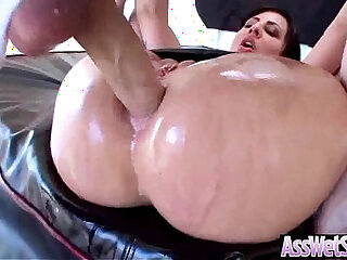 Hot Ass Girl Oiled All Up Then Hard style Banged vid