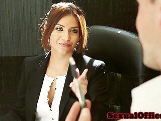 Office secretary Isabella De Santos jizzed