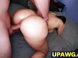 Big ass big tit MILF Sheila Marie gets fucked