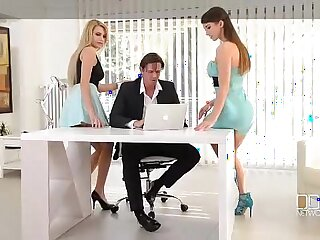 Office Adventures Luxury Secretaries fuck the Boss