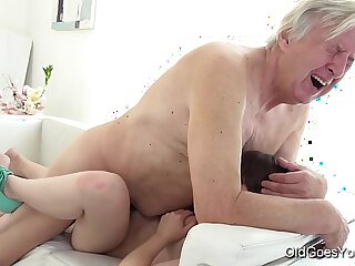 Old Goes Young Luna Rival gets throat fucked while she vacuums the rug