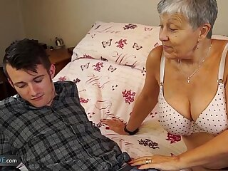 Old lady fucked by student Sam Bourne