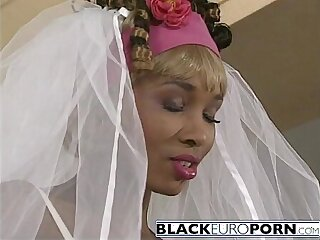 Ebony bride gets pussy pounded by best man white dong