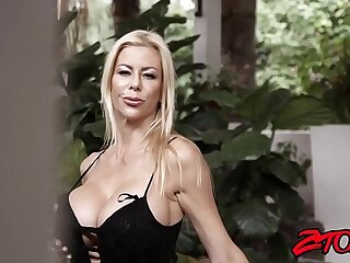 Smoking hot cougar Alexis Fawx gagging on younger meat